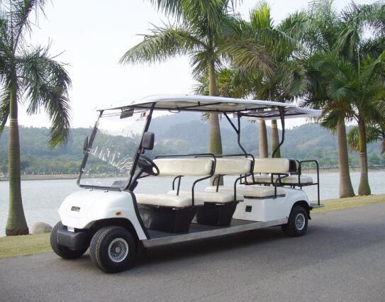 石燕湖五一期间游览车成为明星车