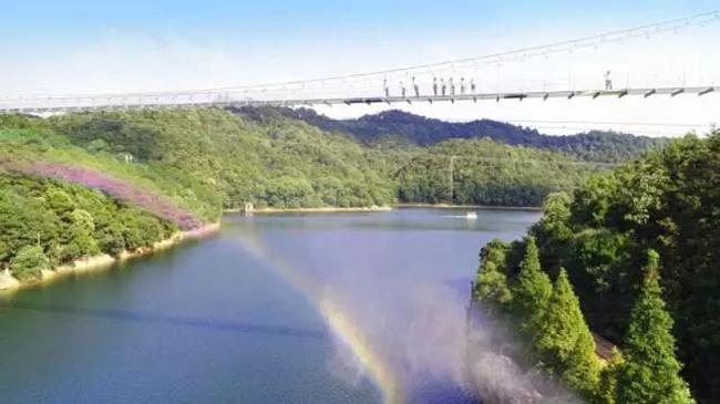 云海星空彩虹触手可及,石燕湖玻璃桥即将开放!