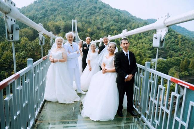 岁月无声,真爱永恒,8旬老人石燕湖谱写最美金婚