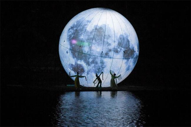 """原来中秋她们都来了这—""""超级大月亮""""惊现长沙石燕湖,千人共赏!"""