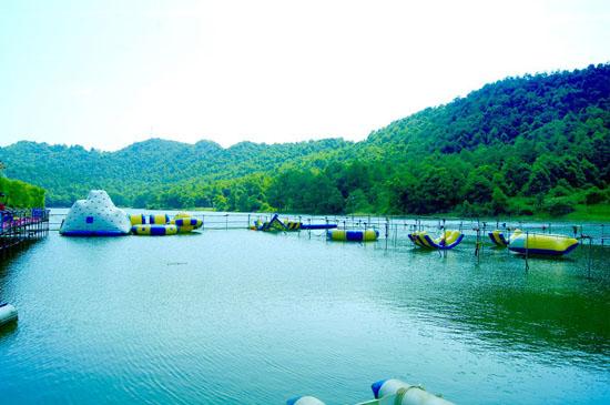 石燕湖水上乐园