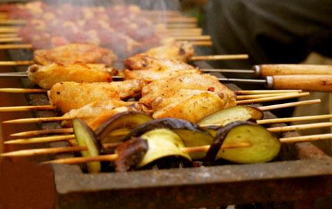 烧烤的食物