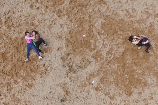 长沙石燕湖妇女节撕名牌