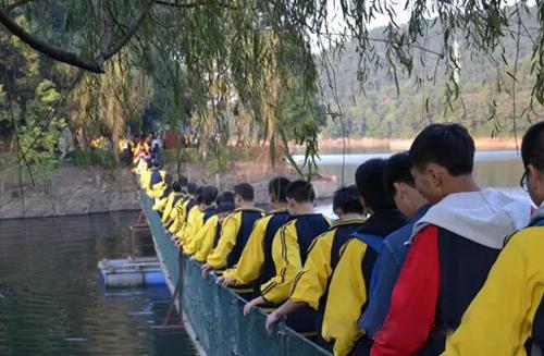 湖南素质拓展训练 我们相约在石燕湖