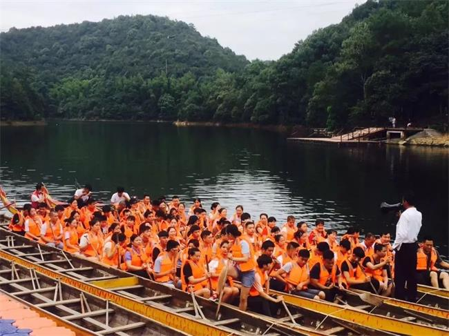 石燕湖龙舟